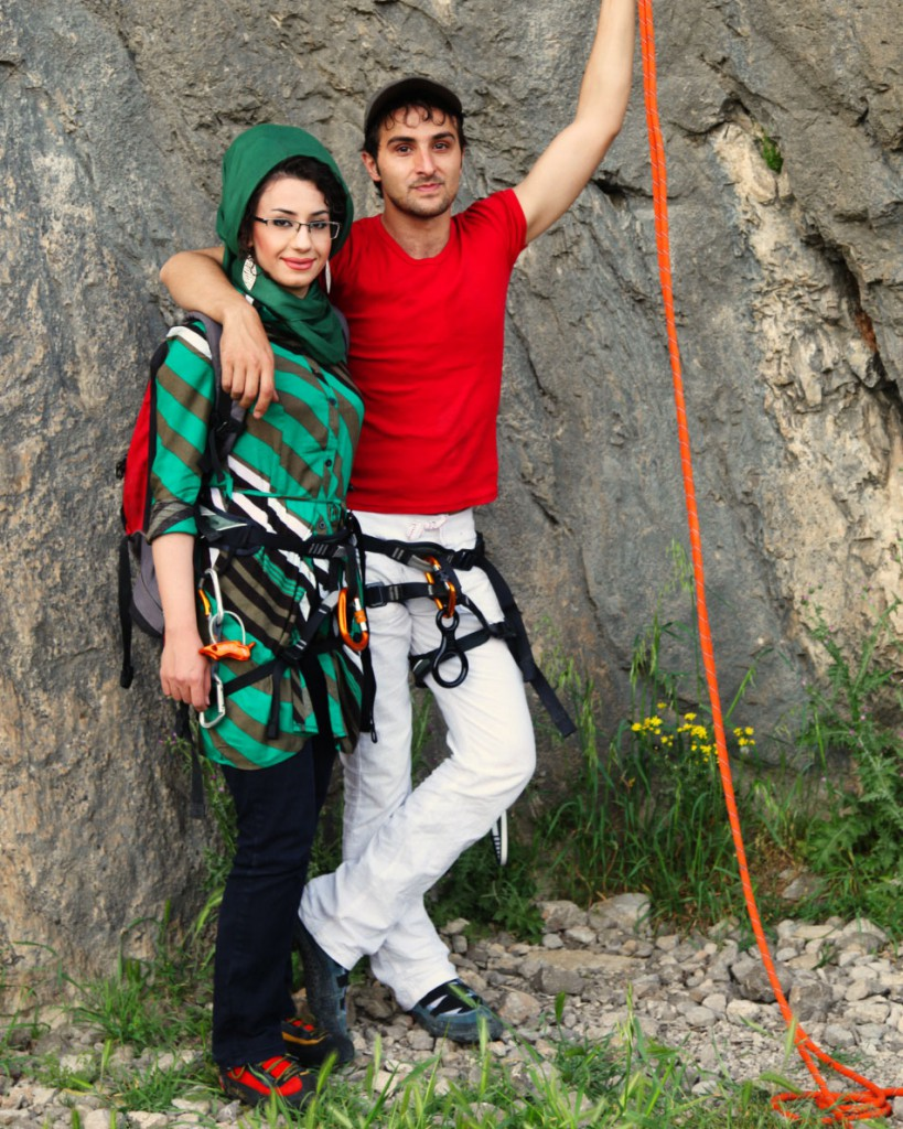 Climbing couple on Bisotun rocks near Kermanshah: without a headscarf, nothing will do in public – not even sports.